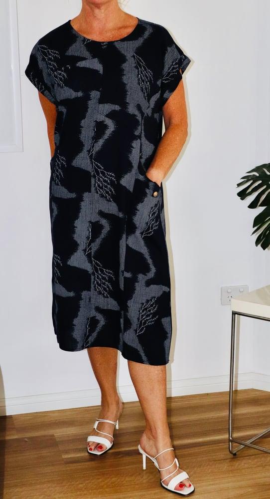Image of Leanne Linen Navy Tree print Dress