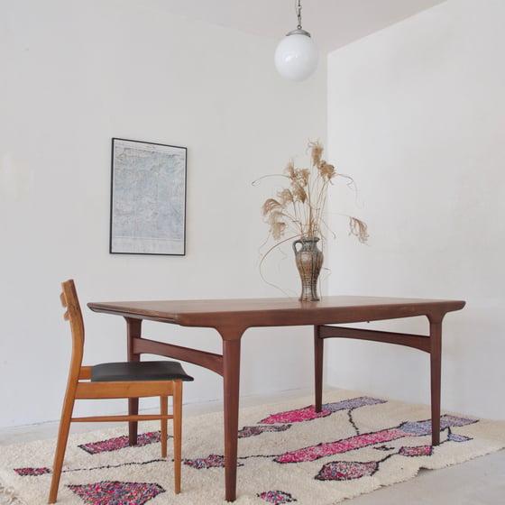 Image of Table Johannes Andersen