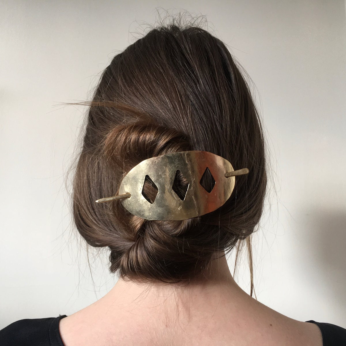 Image of amir hair slide