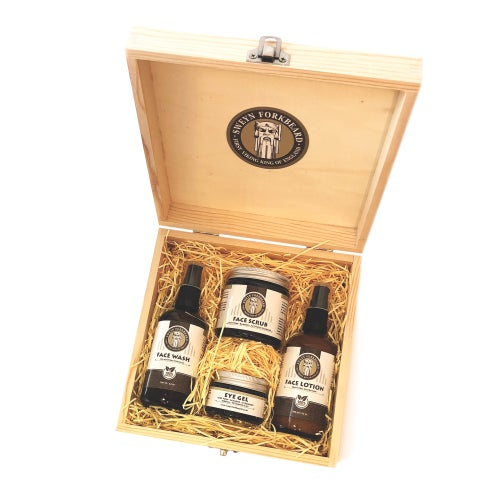 Image of Gift Box Skincare Routine