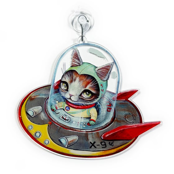 Image of Saucer Cat (Window Charm)