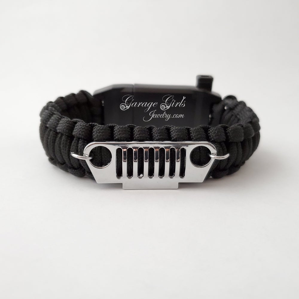 Image of 10 in 1 JEEP Paracord Bracelet