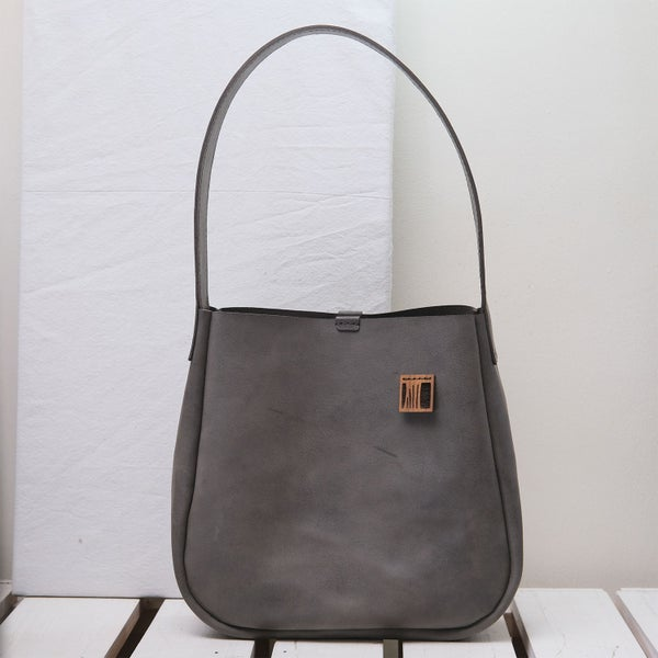 Image of Single Sling in smokey gray