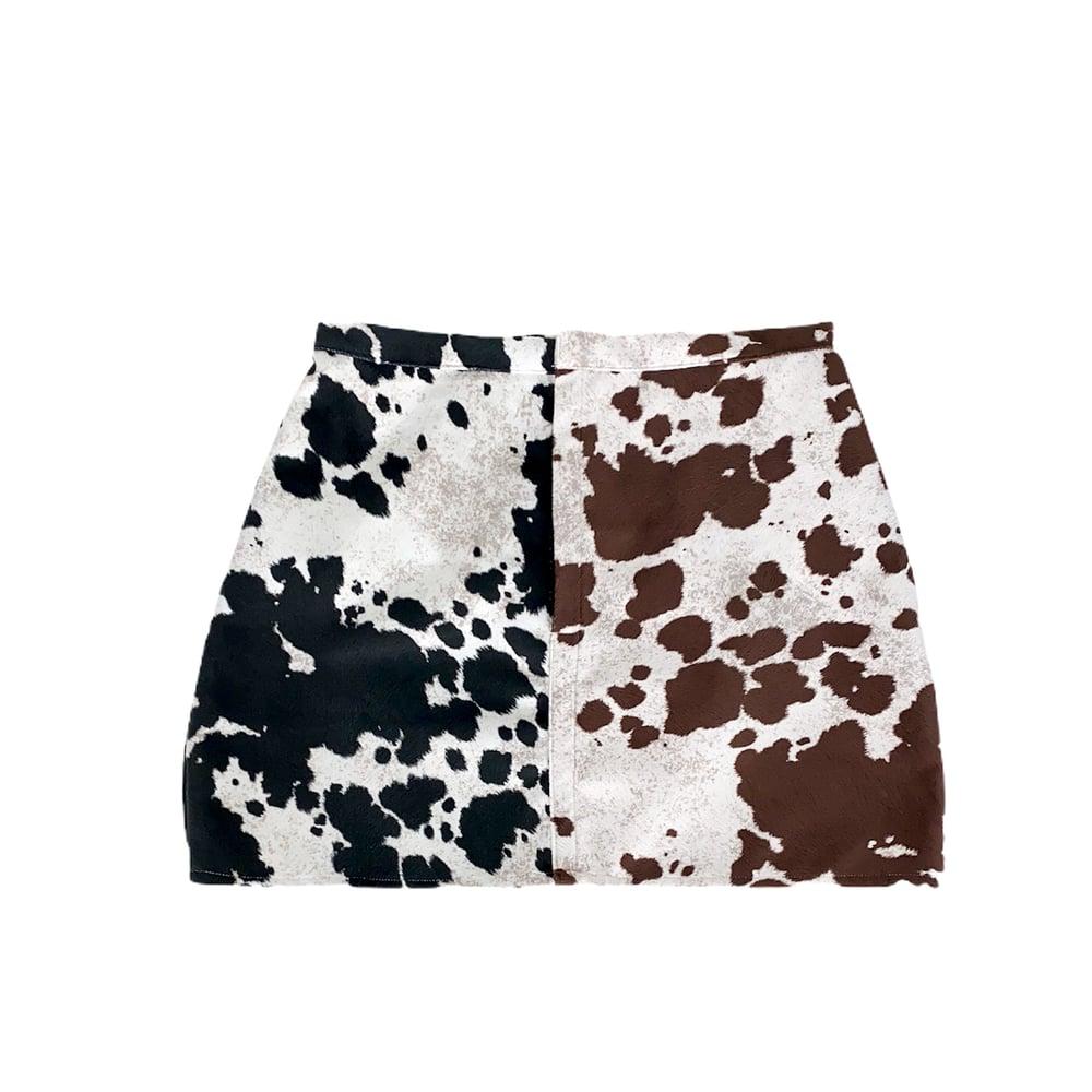 "Image of Contrast ""Moo Moo"" Skirt"