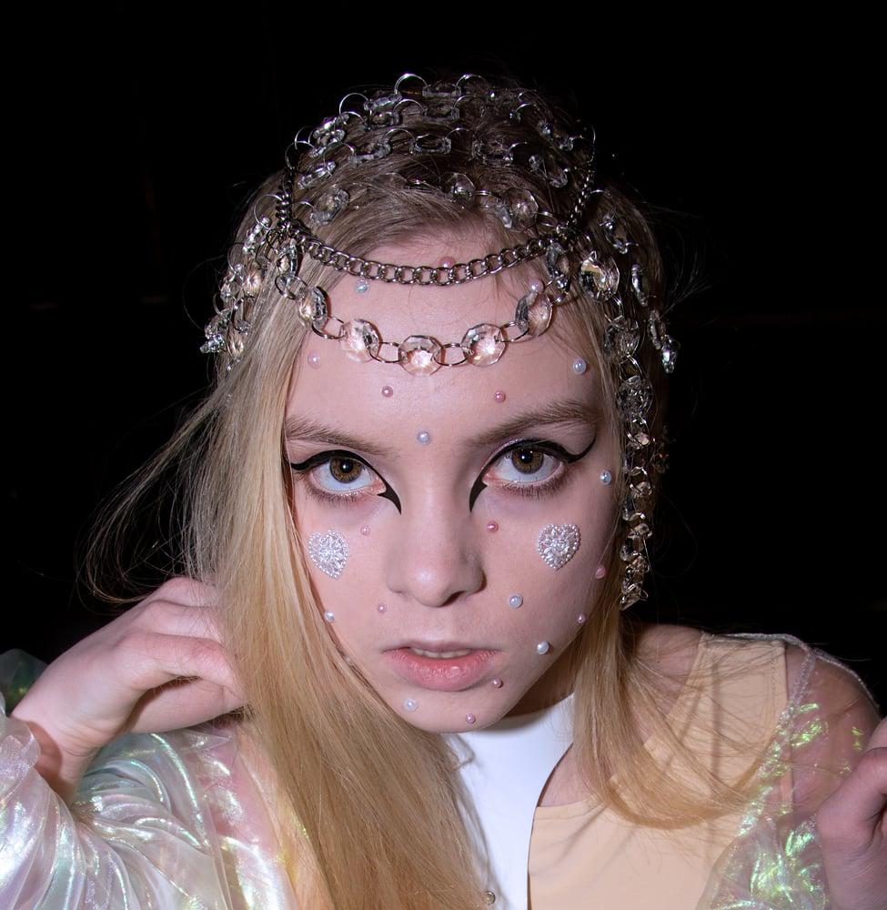 Image of The Childlike Empress Headpiece