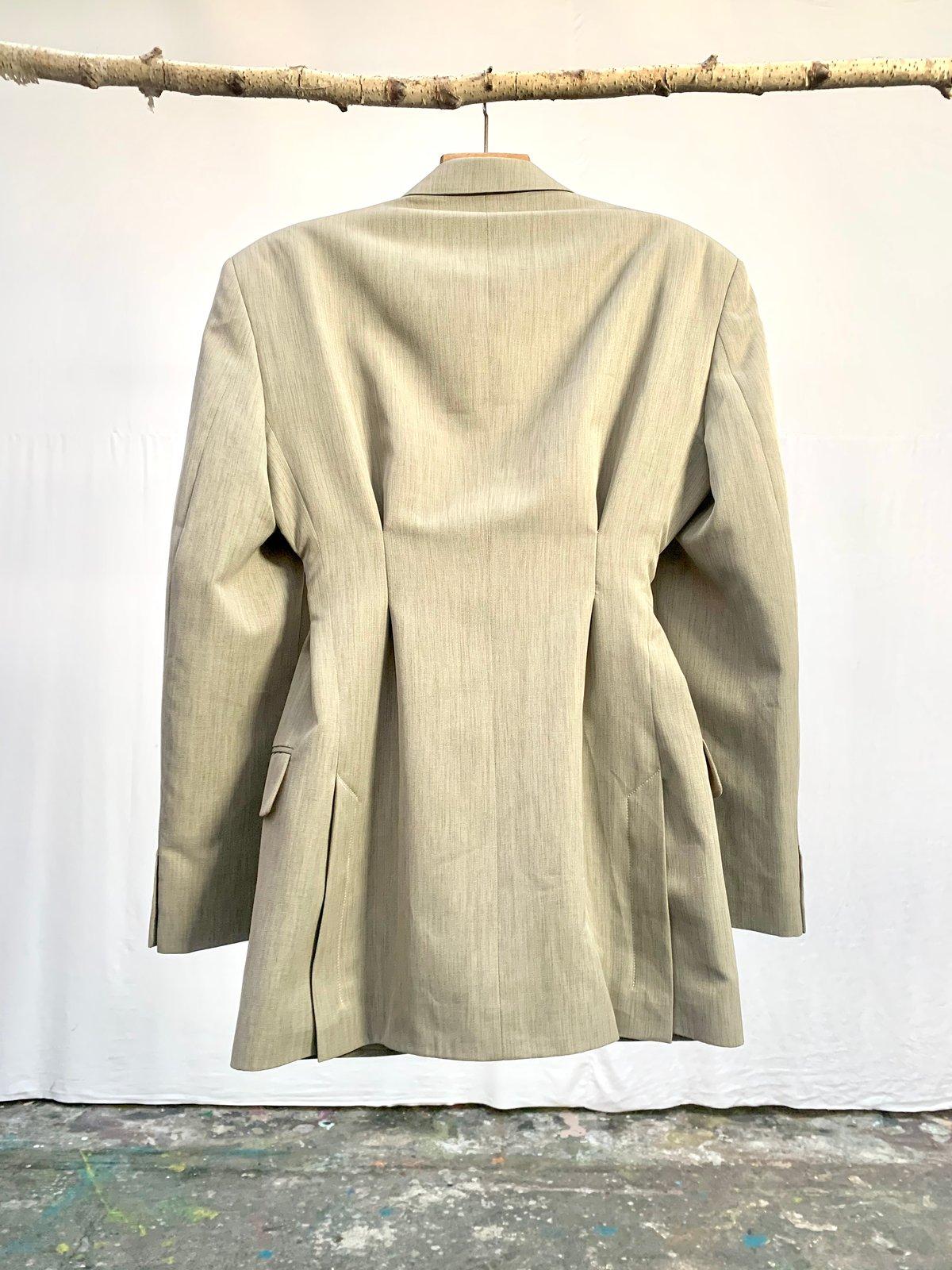 Veste de tailleur robe cintrée