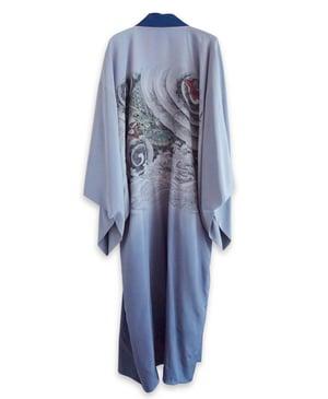 Image of Dueblå silkekimono til herrer med bølge- og drage-motiv