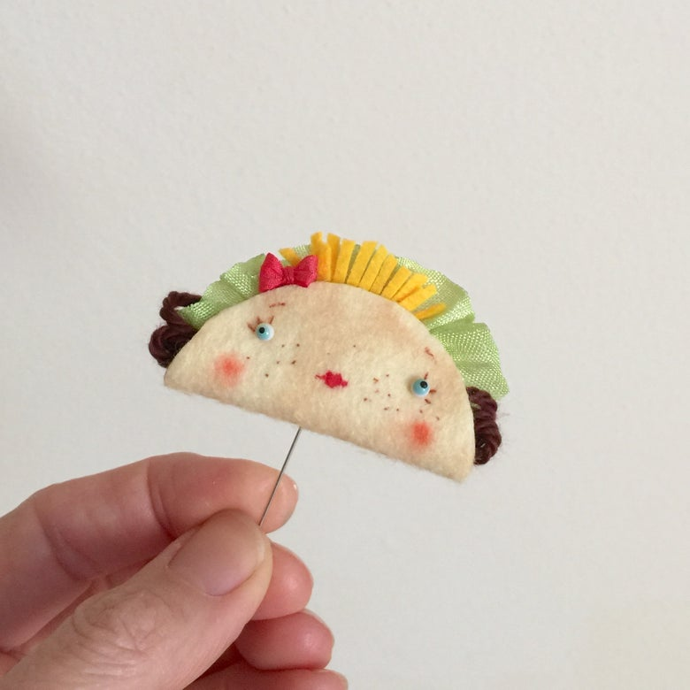 Image of Little Taco Brooch or Toy #1