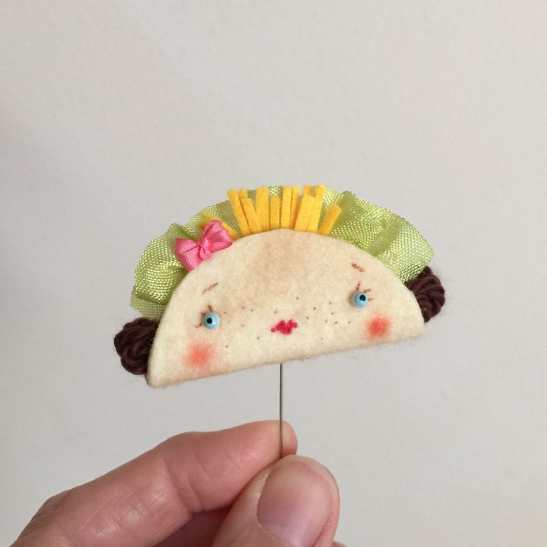 Image of Little Taco Brooch or Toy #2