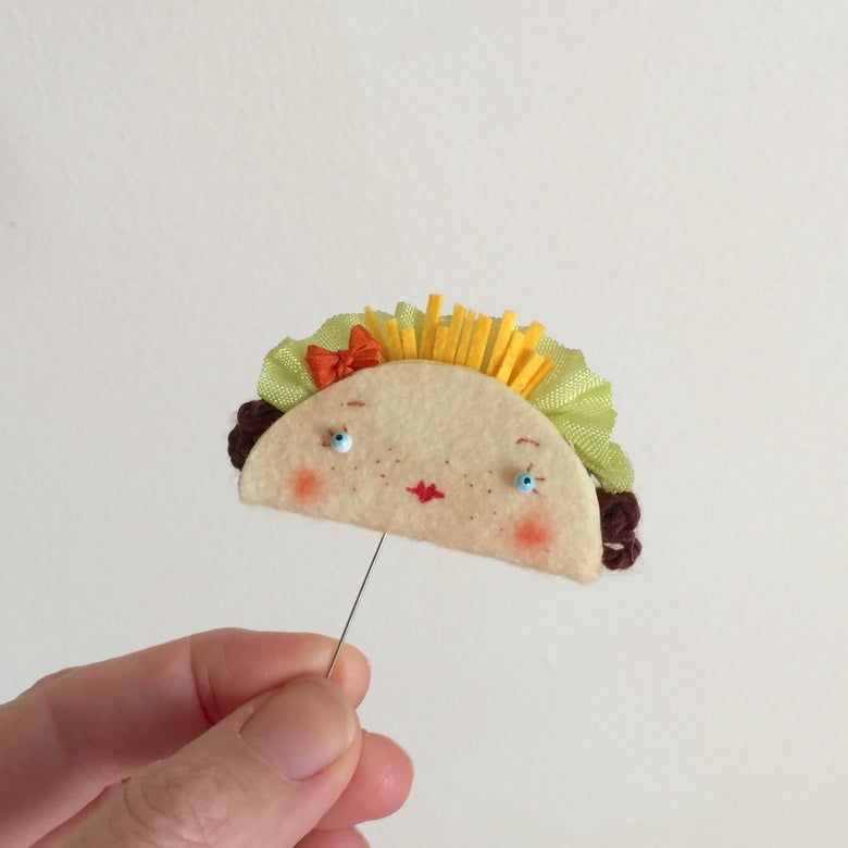 Image of Little Taco Brooch or Toy #4