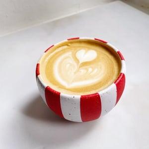Image of Circus cup - medium // radiant red
