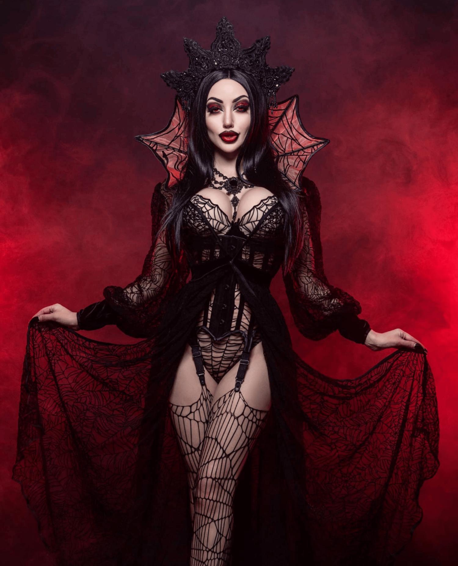 Vampire Queen Print