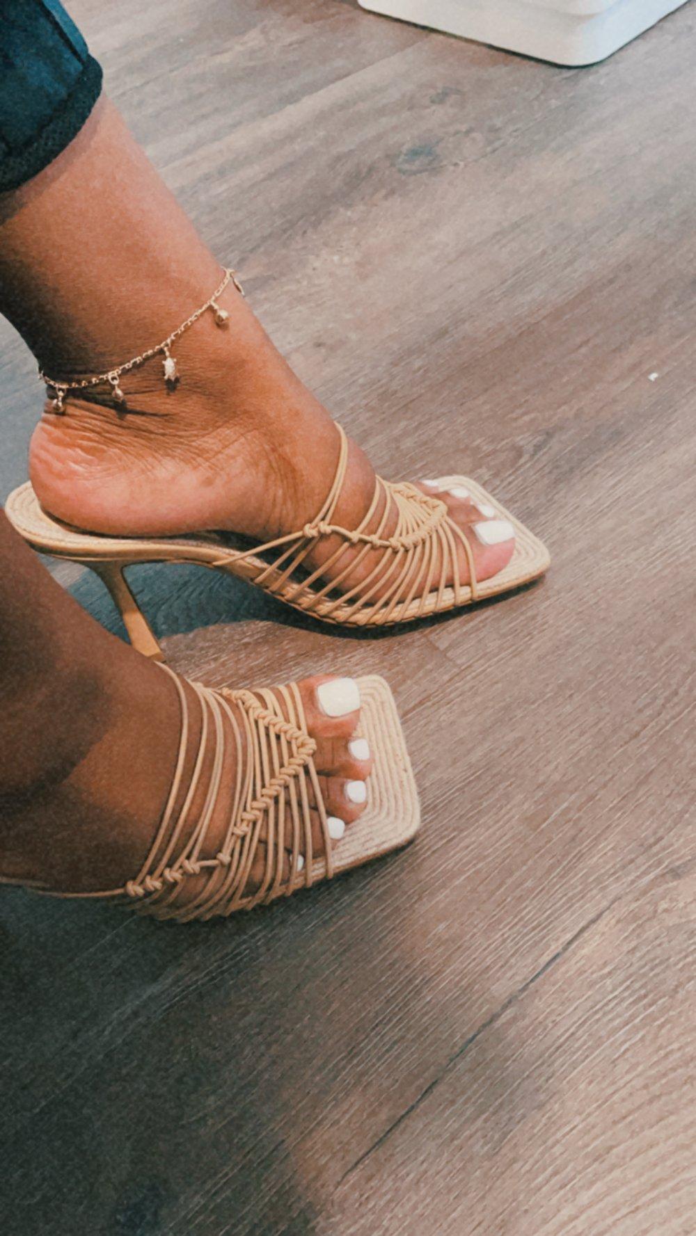 Turtle charm anklet