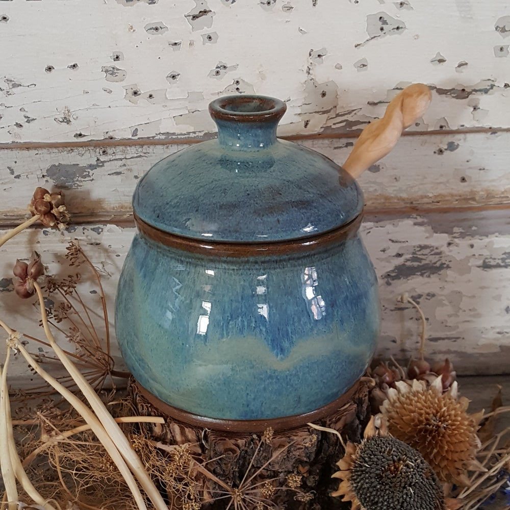 Image of Honey Pot: Glacial Waters (Turquoise) with honey spoon