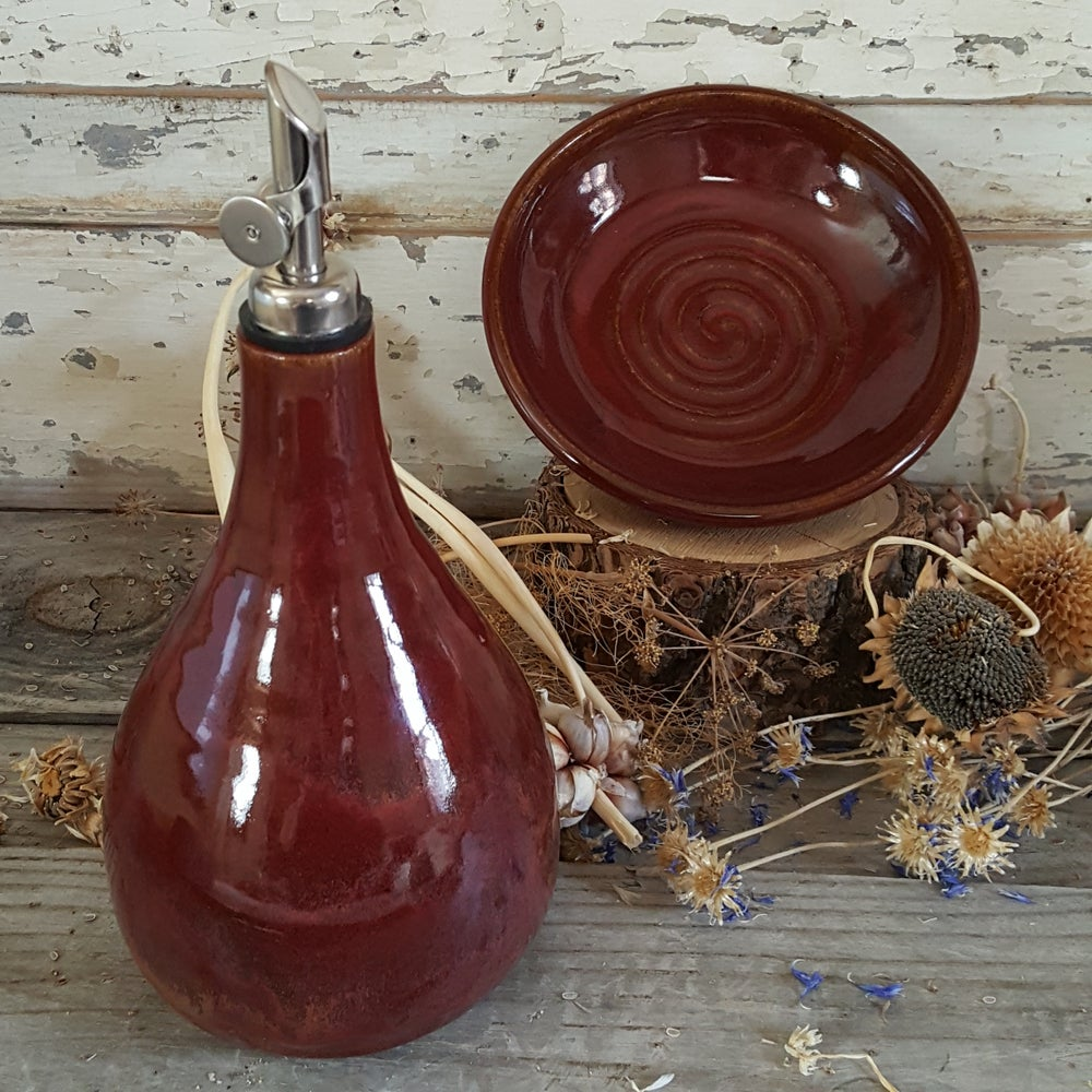 Image of Oil Carafe with Gravity Pour and Stowaway Dish: Red Osier (Red)
