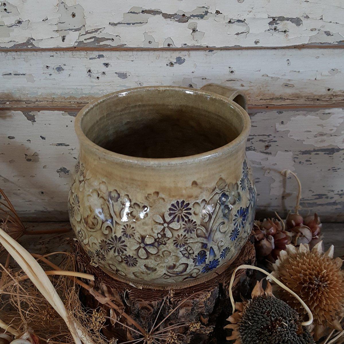 Image of Globe Mug: Mountain Flower Honey #2
