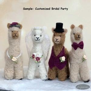 Bride and Groom Wedding Cake Topper for Alpaca + Llama Lovers - Dessert Table Keepsake