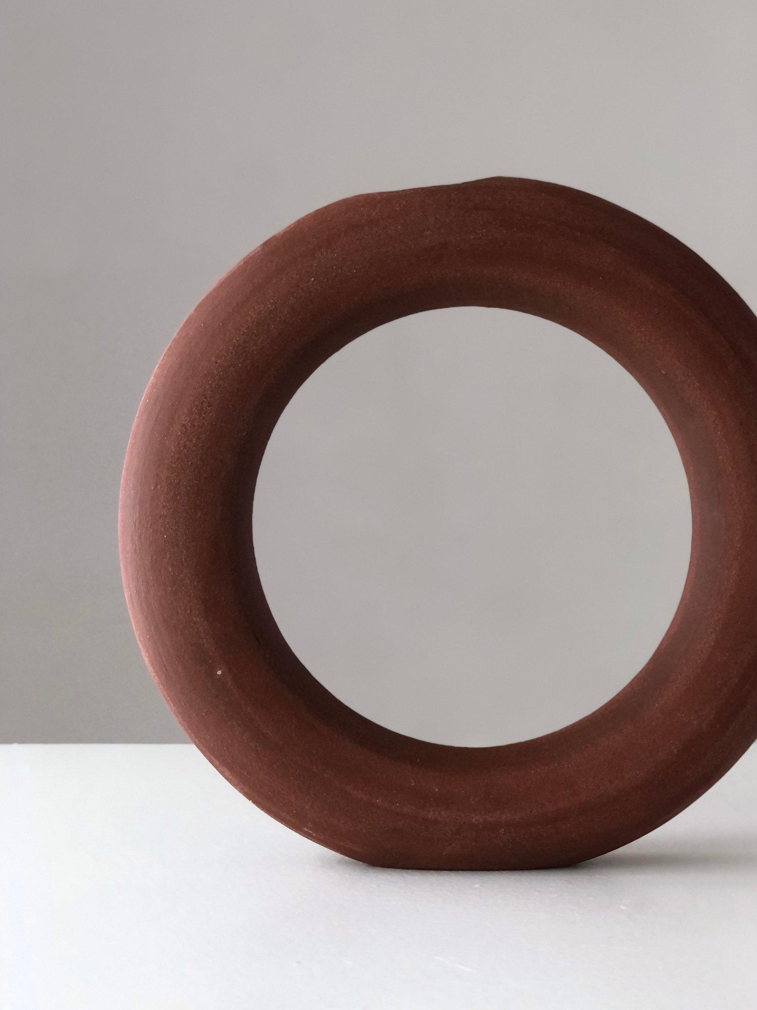 Image of MEDIUM RED CIRCLE VASE