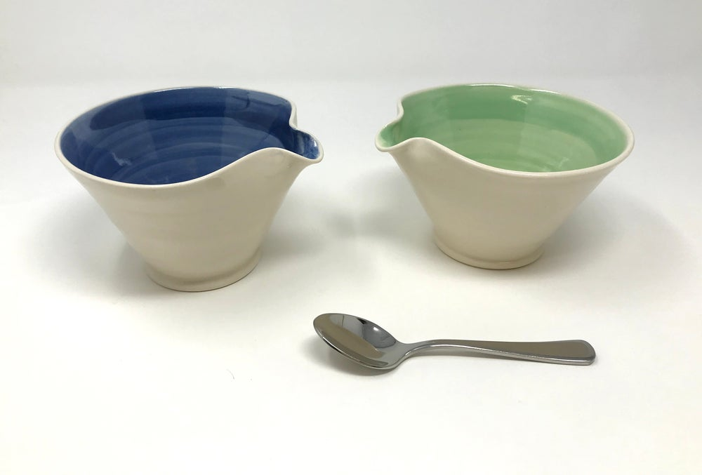 Image of 'V' Shaped mixing/Tapas bowls
