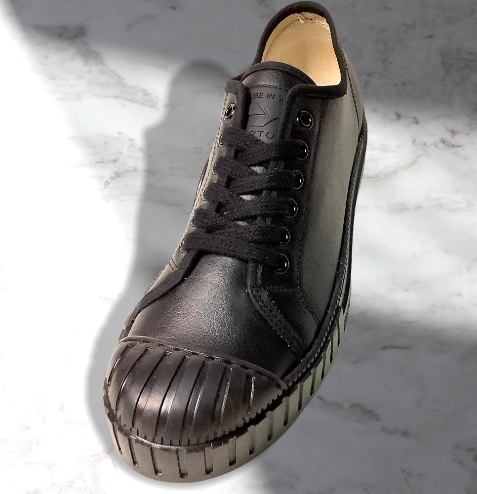 Image of Tortola all black leather lo top sneaker shoes made in Spain