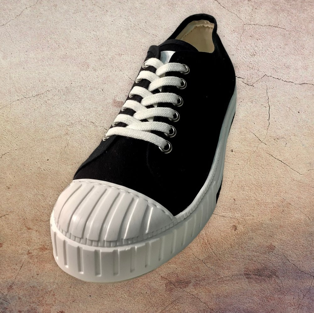 Image of Tortola black canvas lo top sneaker shoes made in Spain