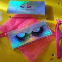 Assorted lashes