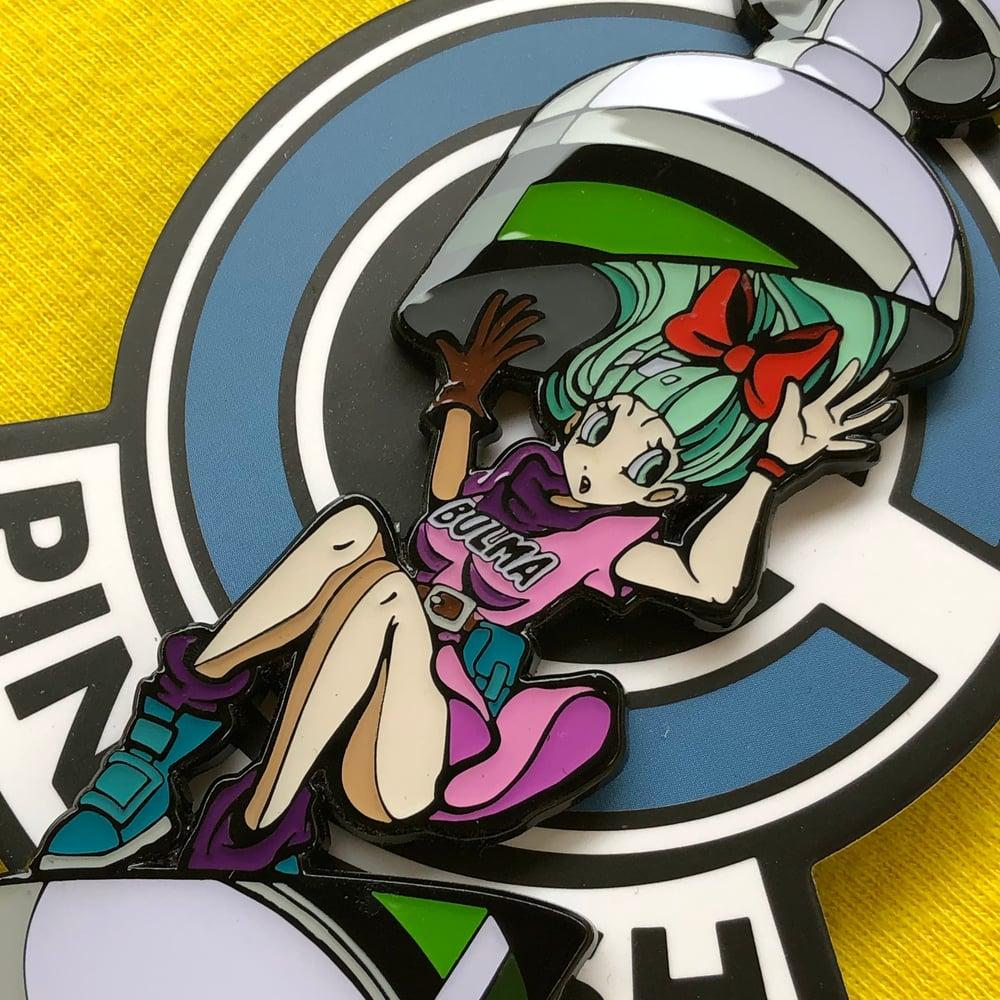 Image of Capsule Split Bulma | Enamel Pin