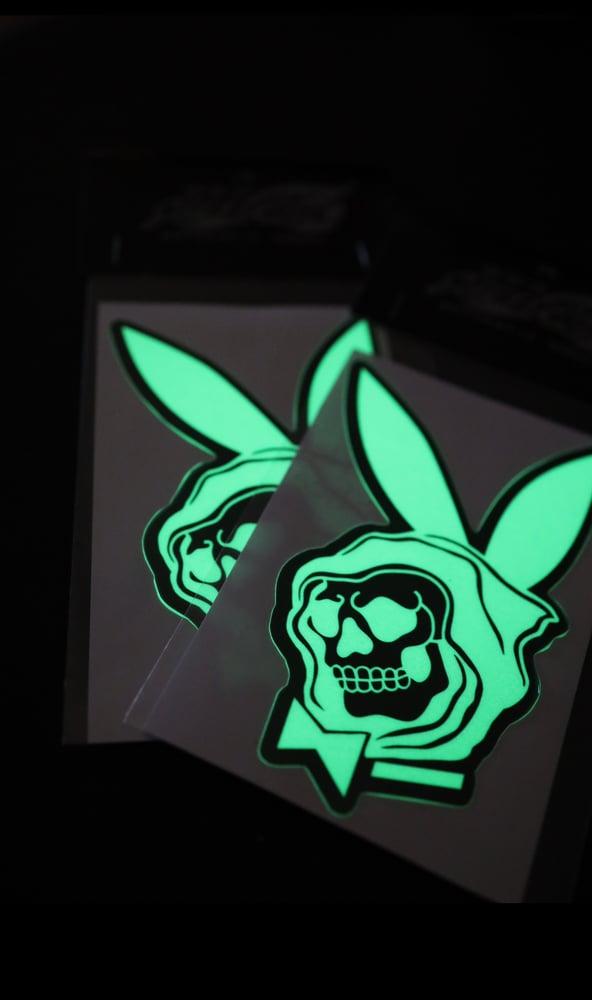 Image of Glow in the dark slaps
