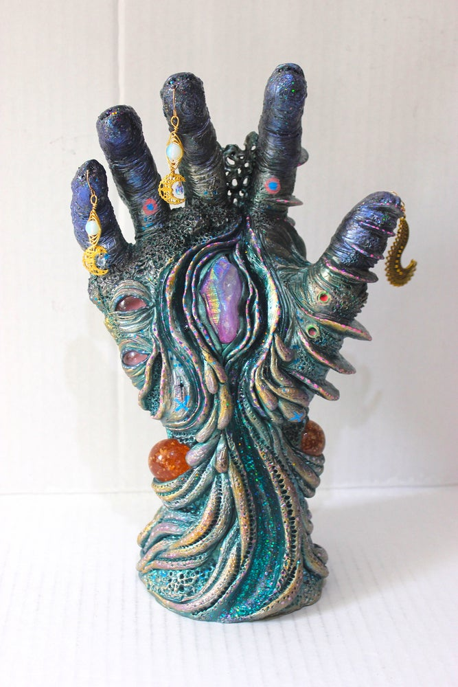 Image of Hand Zamolxis