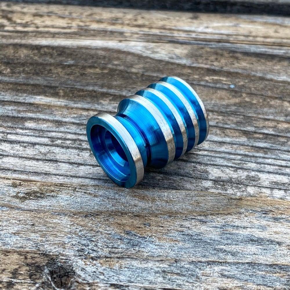 Image of Titanium Crumpshoe Hybrid