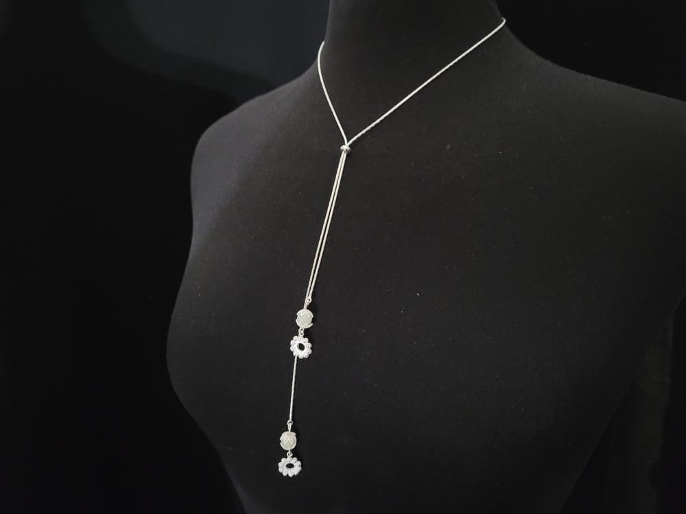Sliding necklace