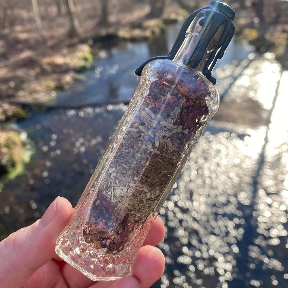 Hecate's Potion Witch Bottle