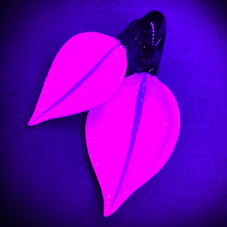 Image of Pink & purple double leaf pendant