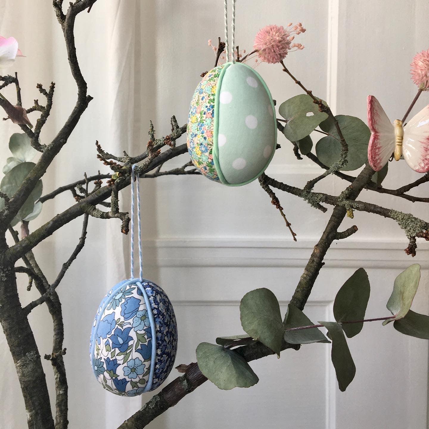 Image of Easter Egg Hang-up