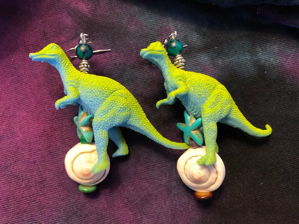 Dinosaur Earrings!  Yaaaaaaas!