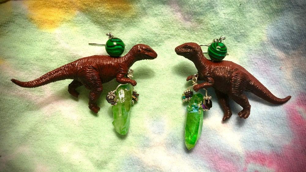 Dinosaur earrings! Yabba Dabba Yaaaaas!