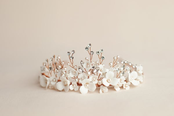 Image of Adelia Crown