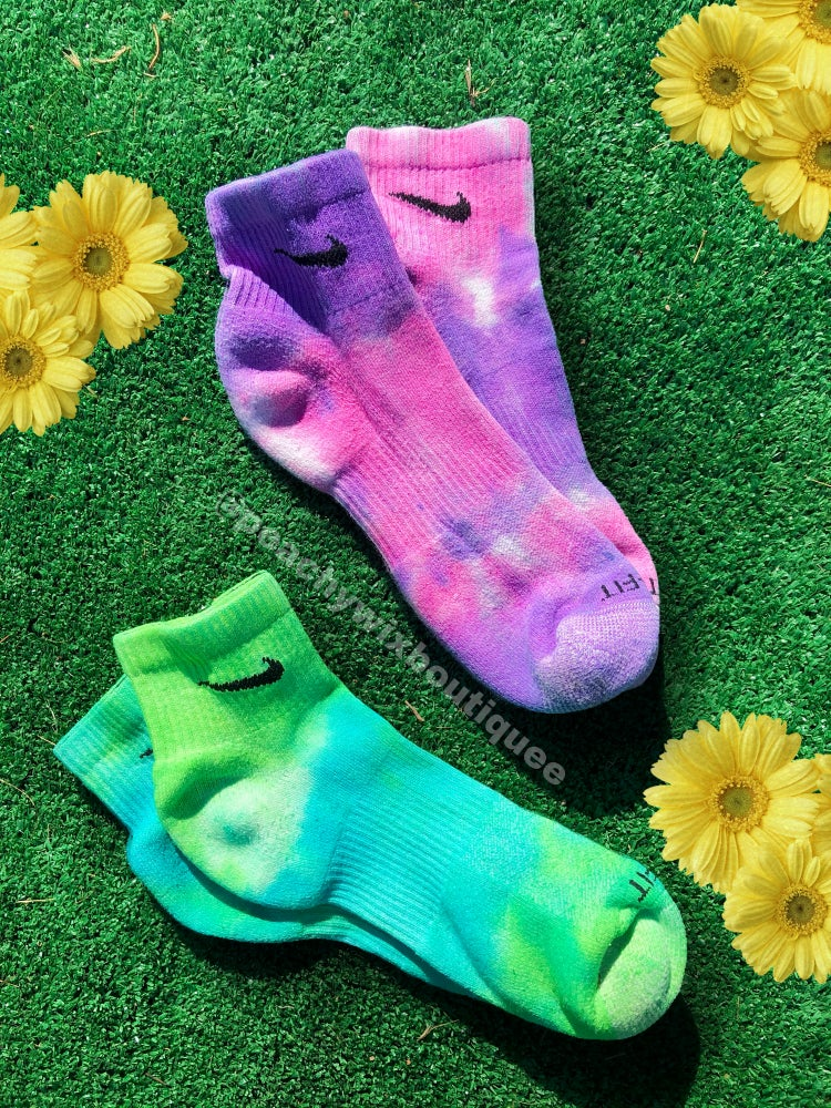 Image of Tye Dye Check Socks