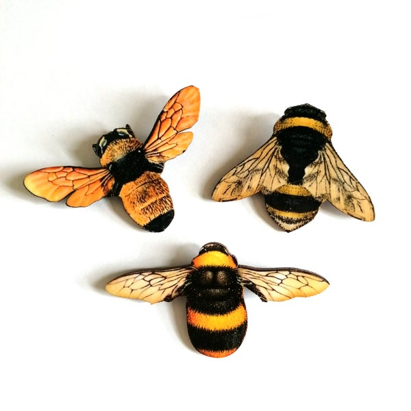 Image of Large Bumblebee Wooden Brooch Pin - Assorted