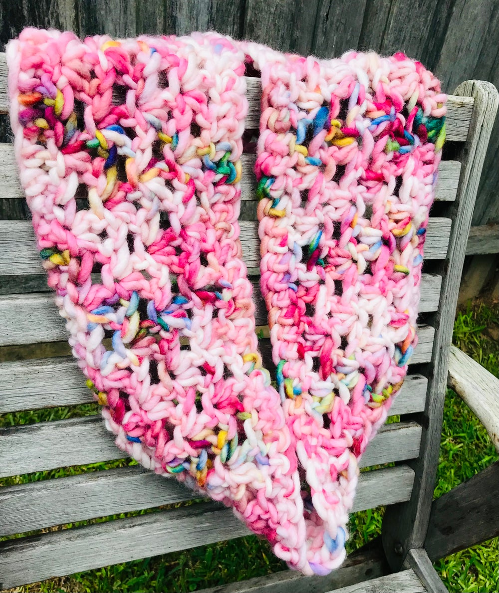 Image of Pretty in Pink Cowl