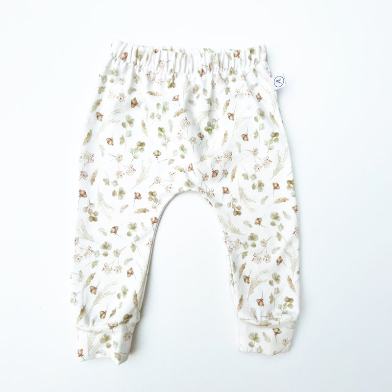 Image of *NEW* Dried Flowers Leggings