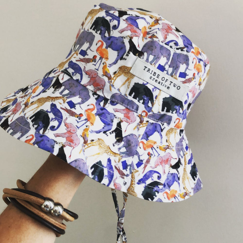 Image of Liberty Broad Br Hat - Queue for the Zoo
