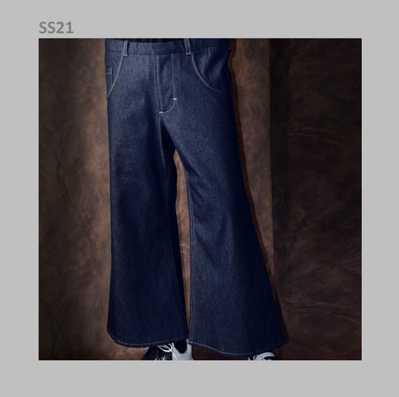 Image of SS21 - FLARED JEANS