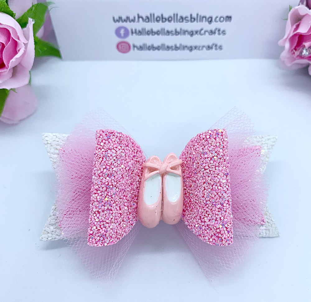 Image of Ballet bow