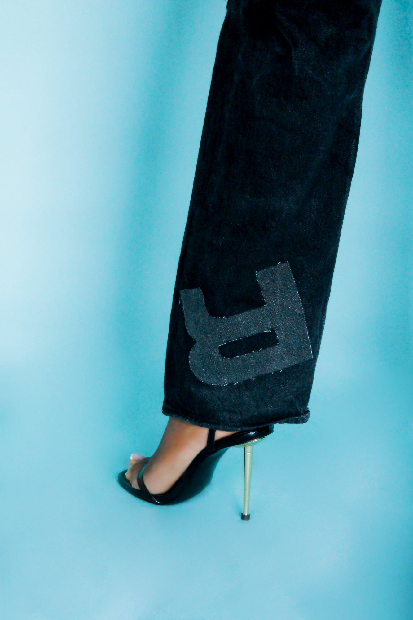 Image of 2002 'OYNX' JEANS