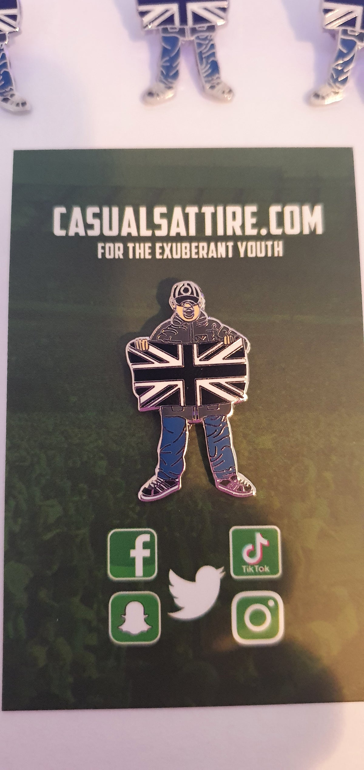 Newcastle, St Mirren, Notts County, Grimsby, Darlington Football Casual Brand new pin badge.