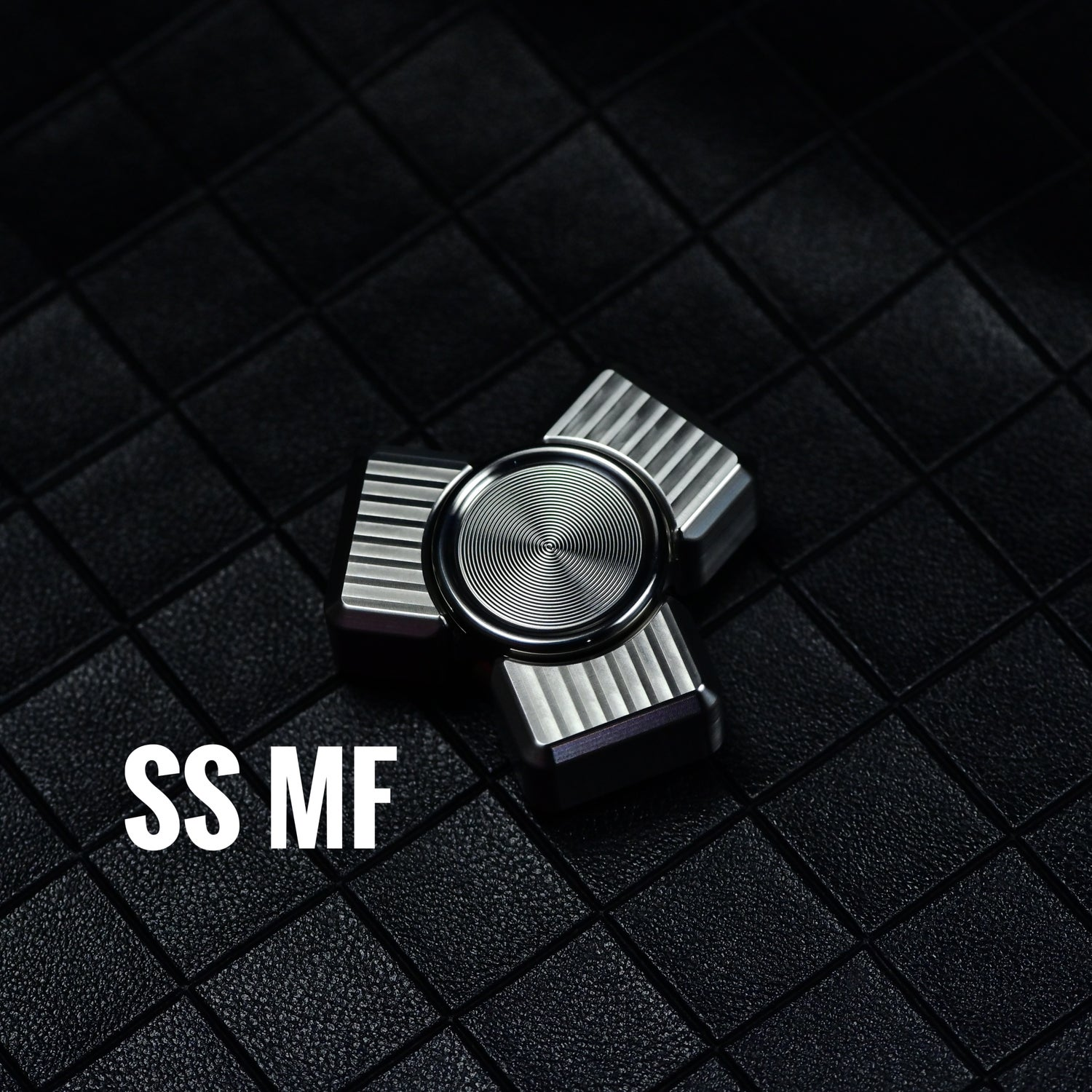 Image of Tri-collision mini standard material  hand spinner drop