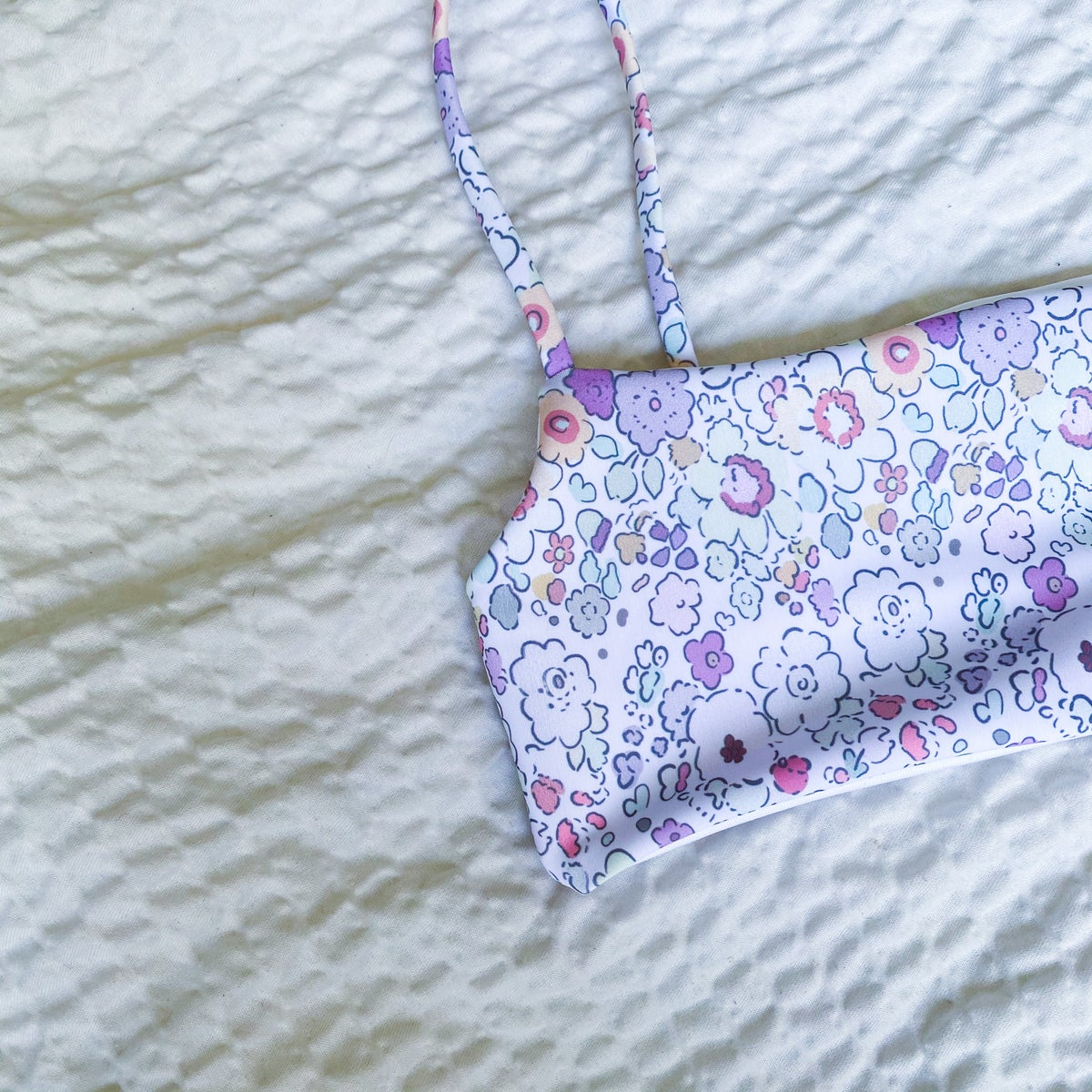 Image of LEXI TOP : FLORAL DAYDREAM X WHITE