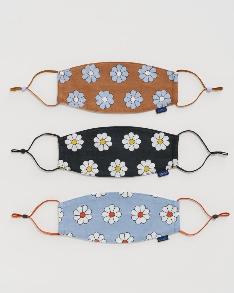 Image of Baggu Fabric Mask-Archive Floral or Daisy