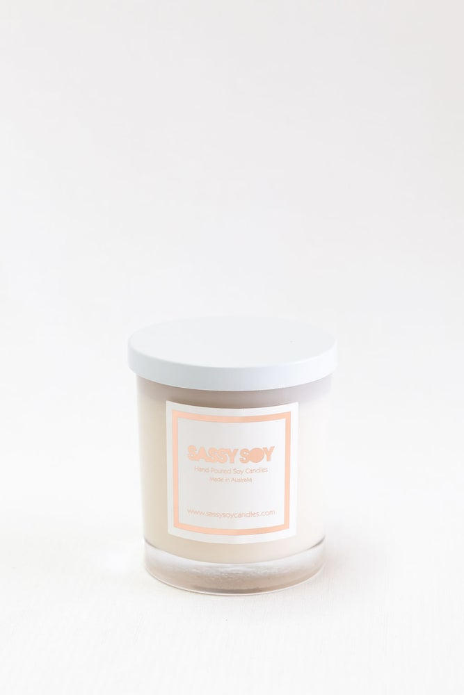 Image of Large Candle - Clear with white metal lid